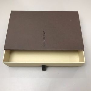 COPY - Authentic Louis Vuitton Slide Box Mint Con…